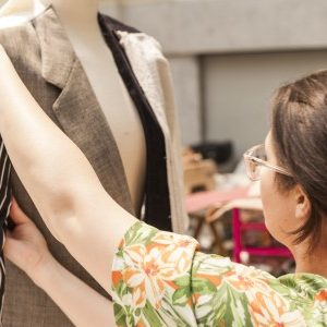 taller transforma tu ropa